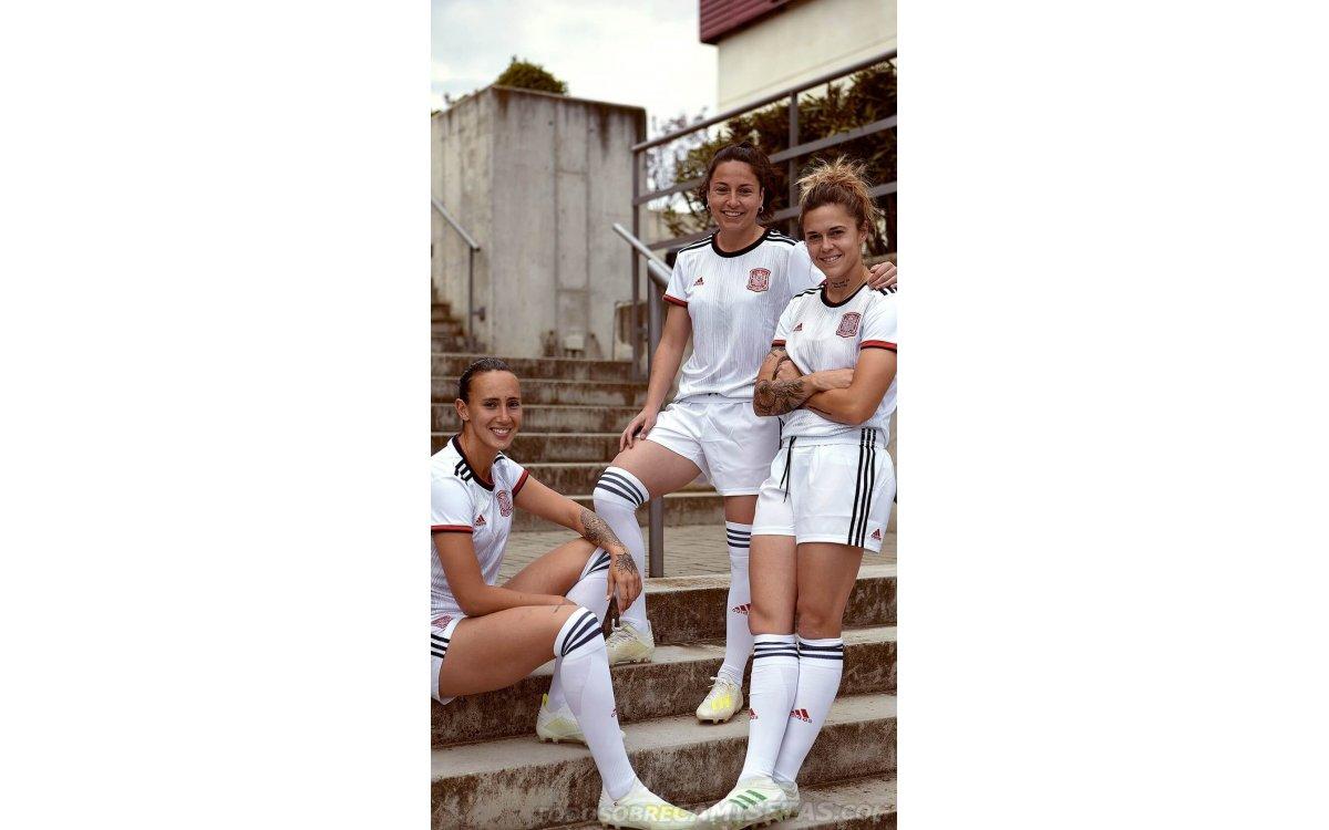 Camiseta visitante adidas de España Mundial Femenino 2019