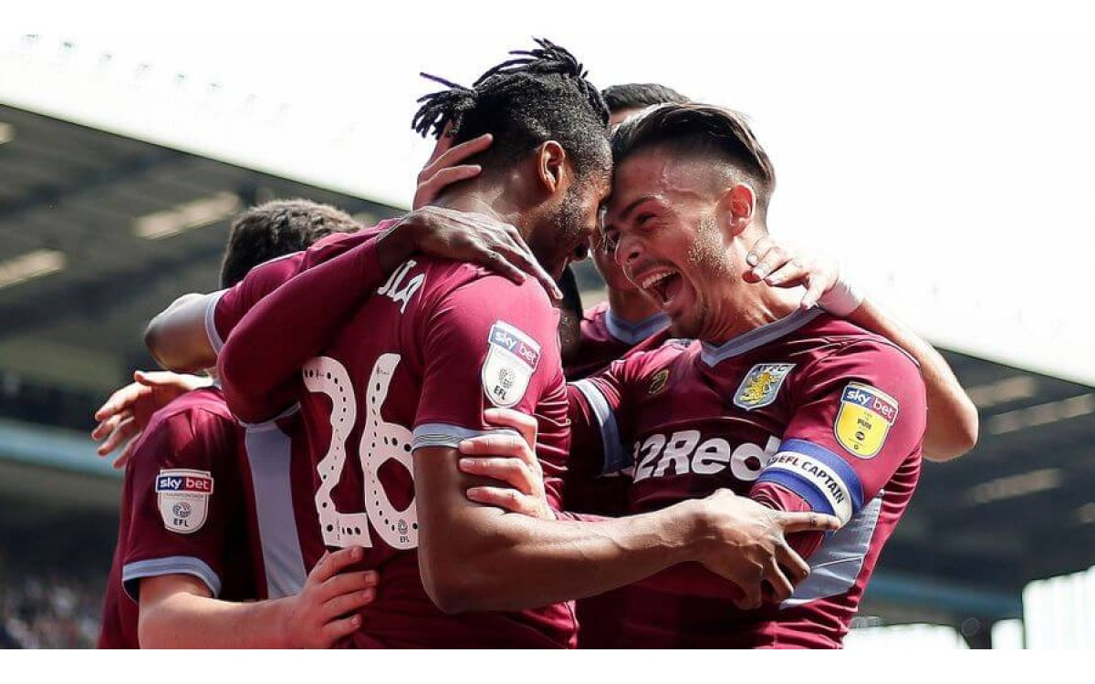 Aston Villa win 10 successive games for first time in their history